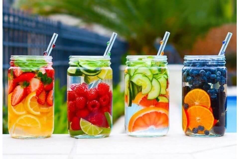 Acqua aromatizzata: cos'è e quali sono i suoi benefici