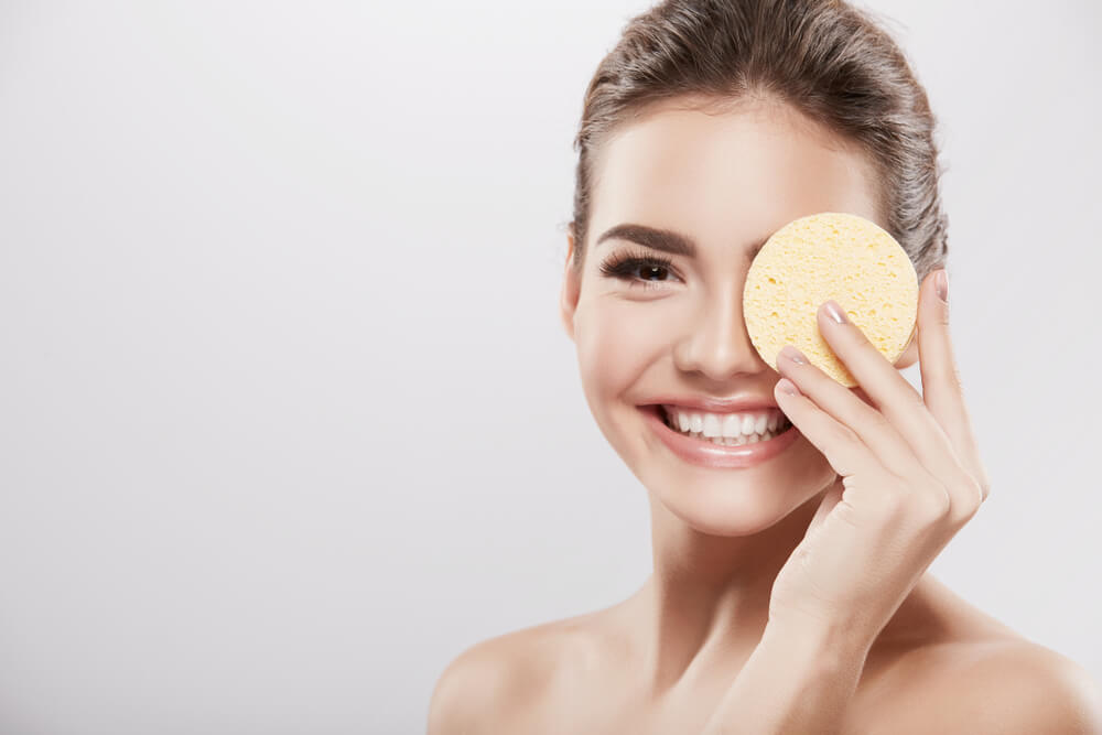 Detergente per il viso: alternative e come scegliere il più adatto