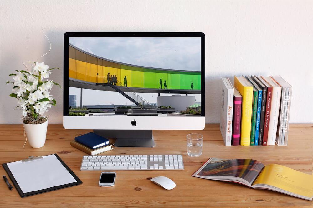 Come lavorare da casa, i consigli e quali lavori si possono trovare online