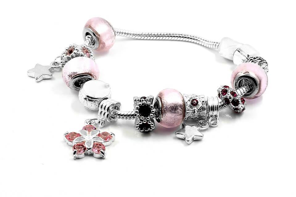 Ciondoli Pandora, quali scegliere per il bracciale
